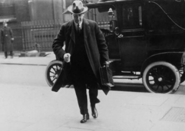 michael collins london treaty negotiations