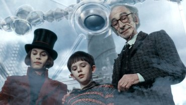 David Kelly with Johnny Depp in Charlie and the Chocolate Factory - Source: Warner Brothers